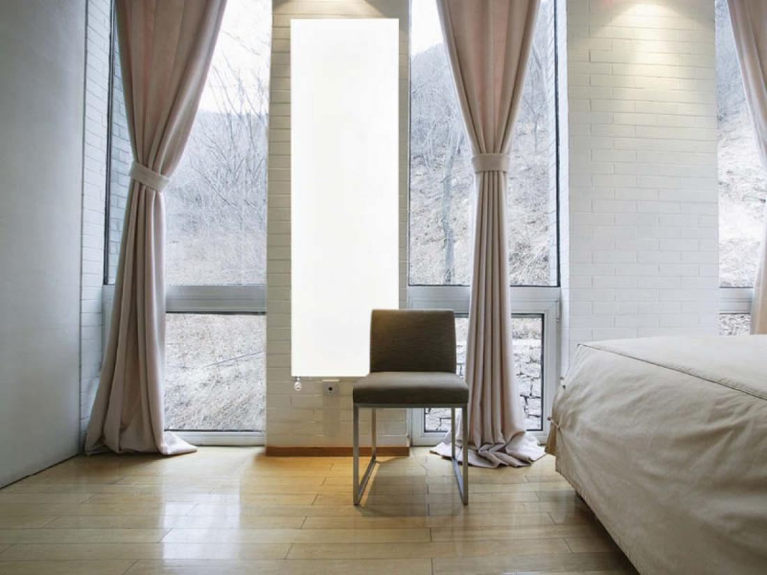 Льняные шторы в интерьере - преимущества и недостатки